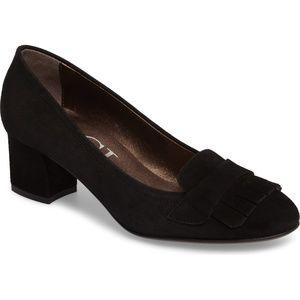 ❌❌SOLD❌❌ Womens AGL Kiltie Fringe Suede Pump Shoes
